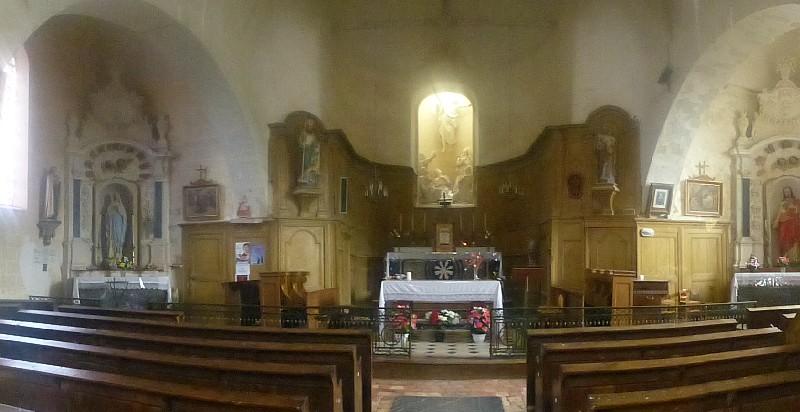 Vue du coeur de l'église
